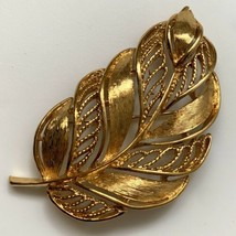 Napier Gold Tone Leaf Brooch Pin Vintage Signed Open Work Textured Fall ... - $14.80