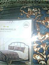"Floral Print Velvet Tufted Quilt Threshold  92"" x 88"" Full / Queen Size  Store image 4"