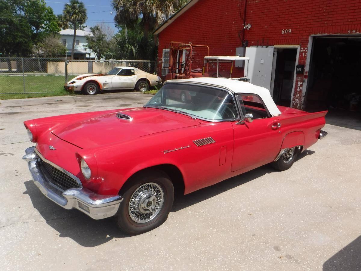 1957 Ford Thunderbird for Sale In Titusville, FL 32796