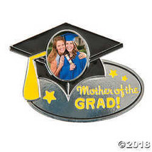 Mother of the Grad Photo Frame Pin - €5,65 EUR