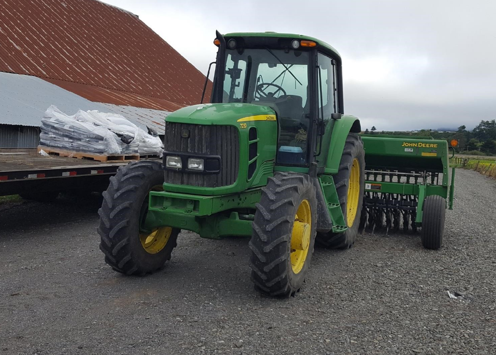 JOHN DEERE 7230 For Sale In Eureka, California 95502