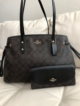 NWT COACH DRAWSTRING CARRYALL IN SIGNATURE F57842 & WALLET SET - $249.85