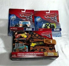 Disney Pixar Cars 3 Lot of 3 Splash Racers and Crazy Crashing McQueen NEW - $17.81