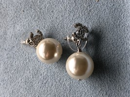 Authentic Chanel Classic Crystal CC Pearl Silver Earrings  image 5