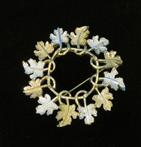 Vintage Gold & Silver Leaves Leaf Circle Brooch Pin Signed Sarah Cov Cov... - $8.90