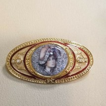 AVON PRESIDENTS CLUB PIN 97-98 PORCELAIN LADY PORTRAIT IN BOX - $7.91