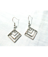 GEOMETRIC SQUARE ART DECO LINES ALLOY SILVER CHARMS DANGLING PAIR OF EAR... - $4.99