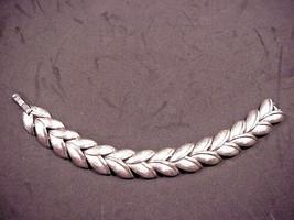 Trifari Crown Bracelet Brushed Silver Tone Leaf Design Nice Vintage - $22.28