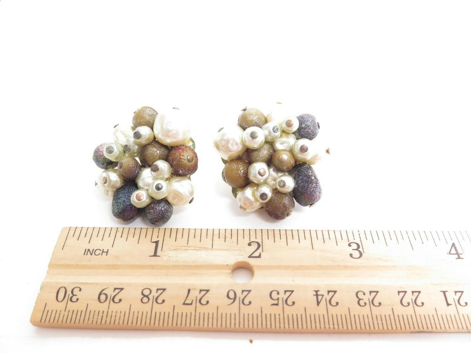 Vintage 1950's TRIFARI Designer Signed Beaded Cluster Clip-on Earrings A965