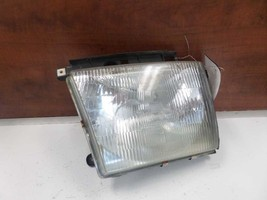 97 98 99 00 TOYOTA TACOMA R. HEADLIGHT 4X4 FROM 6/97 199834 - $39.60