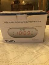 Timex Mirrored Dual Alarm Clock Battery Backup OPEN BOX ITEM T124 - $8.59
