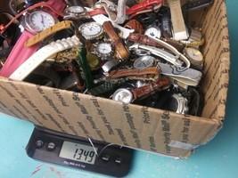 5 Vintage Watch Bulk Lot Estate Sale. Mens Womens mixed Watches Lot - $14.01