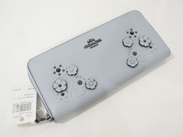 NWT Coach 12182 Tea Rose Applique Slim Accordian Leather Wallet in Pale ... - $149.00