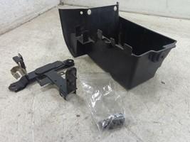 05 Kawasaki Vulcan VN1600 1600 32097-1192 BATTERY BOX TRAY - $19.95