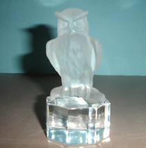 """Goebel Owl Paperweight Frosted Crystal Art Glass Figurine Clear Base 4""""H... - $64.90"""