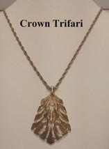 Vintage 1970's Crown Trifari Modernistic Gold Tone Pendant and Necklace - $14.80