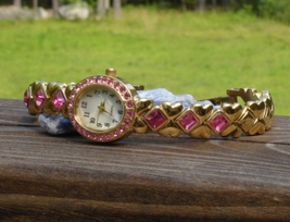 Tch gold plate w pink rhinestone crystals hearts arrows japan movt f31432 1ag mop face2 thumb200