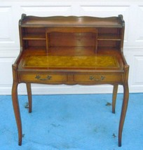FRENCH PROVINCIAL LEATHER TOP LADY'S DESK - $796.95