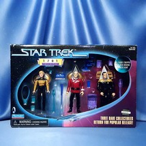 Star Trek - 1701 Collector Series. - $30.00