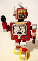 2000 HALLMARK ORNAMENT ROBOT PARADE #1 IN ROBOT PARADE SERIES - $9.89