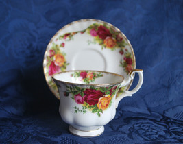 Royal Albert Old Country Roses Cup and Saucer    #314 - $15.20