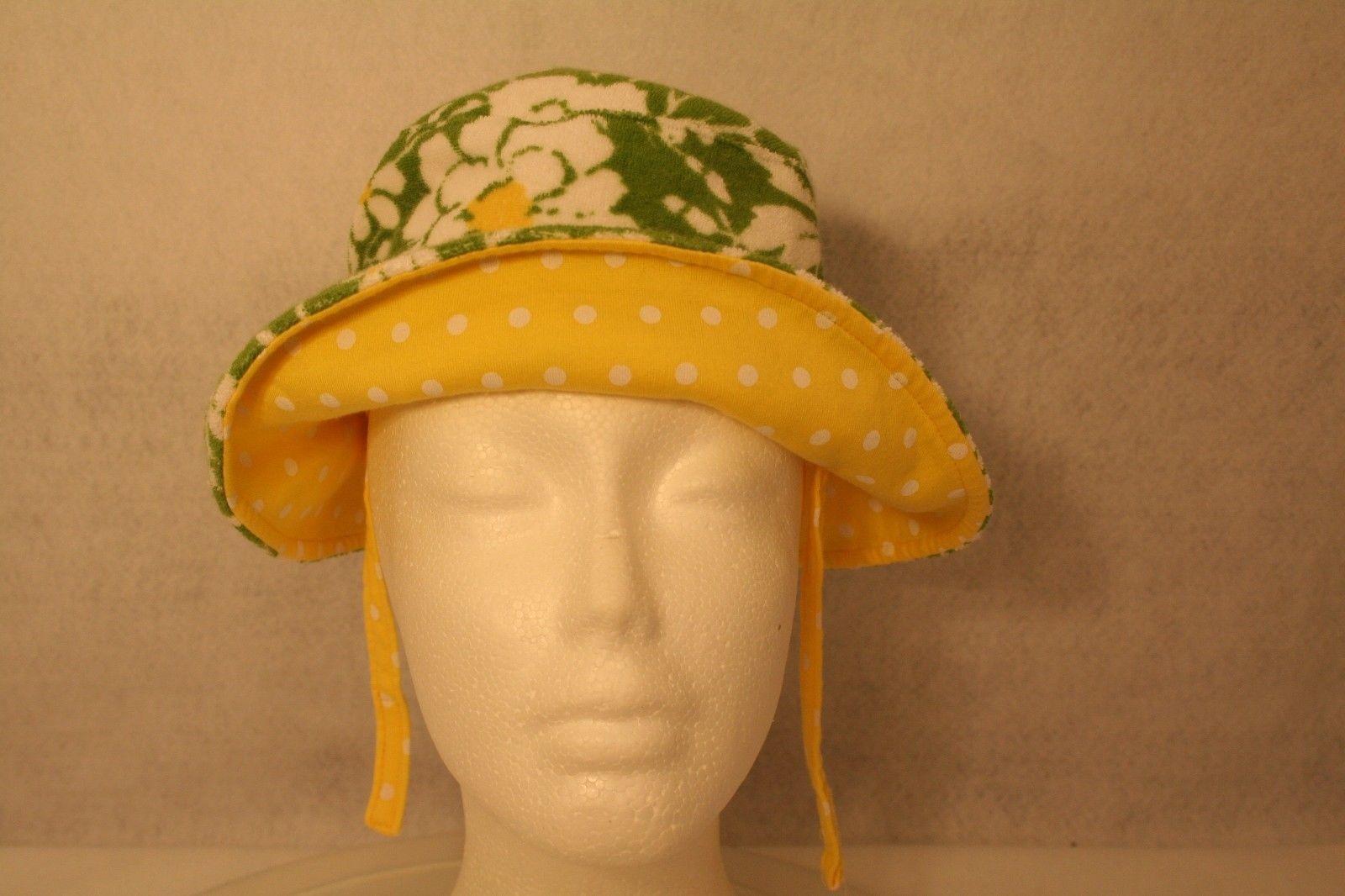 Janie & Jack Child Reversible Sun Hat Green daisy yellow polka dot w/adjust ties image 2