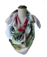 Woman's 100% Mulberry Silk digital print-out lotus /Petals /birds Scarf - €25,52 EUR