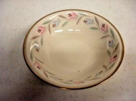 Eggshell Nautilus Floral With Gold Rim Fruit Berry Bowl Lot of 8 - $43.00