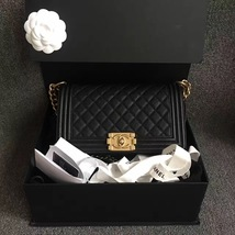 AUTHENTIC NEW CHANEL 2017 LE BOY BLACK CAVIAR MEDIUM FLAP BAG GHW RARE - $5,299.99