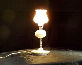 Leviton Hobnail Lamp AA18 - 1008 Vintage Electric image 4