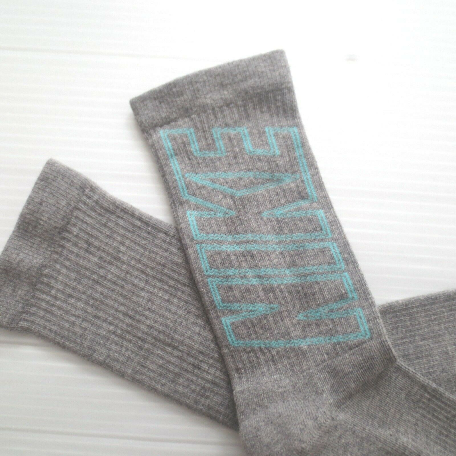 Nike Youth Performance Crew Socks - SX5816 - Gray - Size M - NEW
