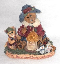 Boyd Bearstone Resin Bears Ms. Berriweather's Cottage Figurine #01998-41 - $9.46