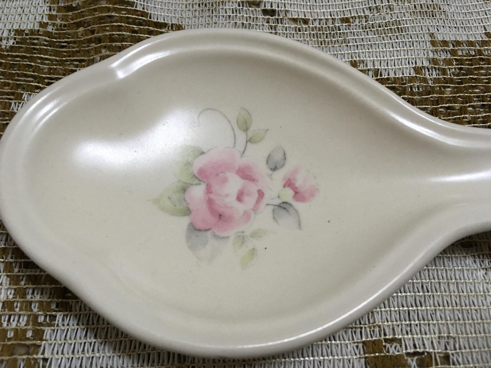Vintage Pfaltzgraff Pink Tea Rose Spoon Rest stoneware oven Spoon Holder