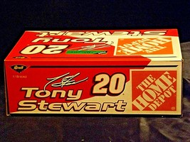 Revell #20 Tony Stewart Collector's ClubAA19-NC8073 Adult Collectible in box image 2
