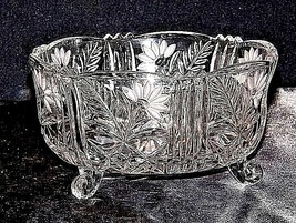 Glass Bowl on 3 pedestals with Etched Design of Flowers AA18-11901 Vintage Cut H