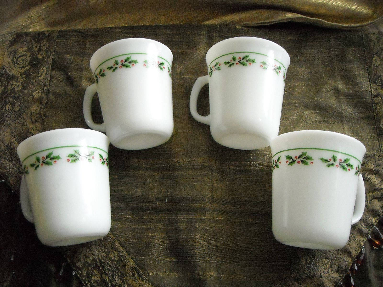 Vintage Corning Ware Coffee Cups Mugs Holly & Berry Trim Set of 4 Milk Glass