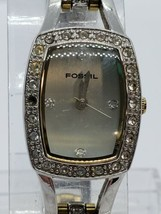 FOSSIL f2 WOMEN'S watch NEEDS  BATTERY es-9181 - $26.99