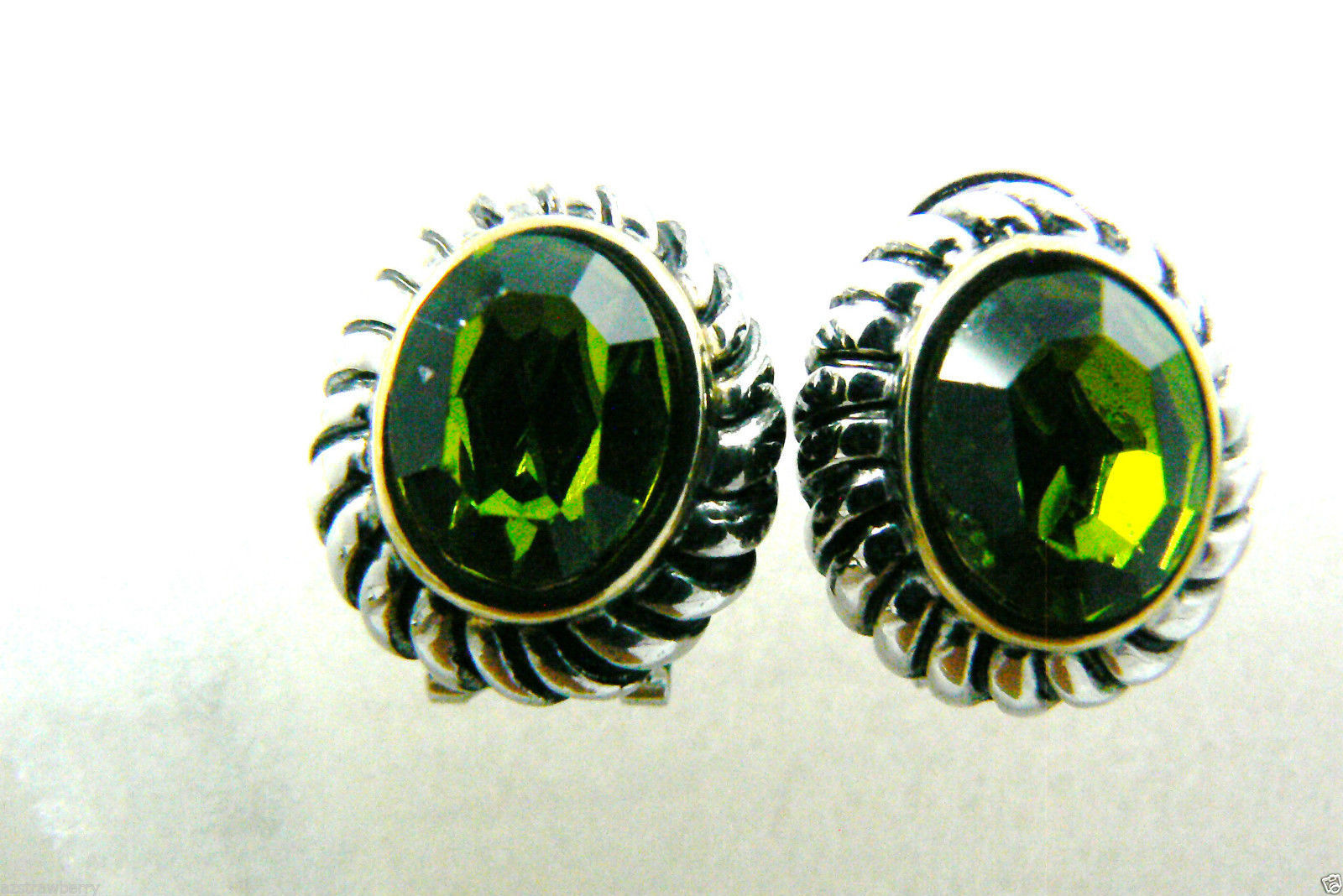Silver tone Faceted Green Rhinestone crystal oval stud earrings $0 sh new image 2