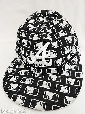 New Era Atlanta Braves Hat 7 1/8 Fitted Black with MLB Repeating Logo 59Fifty