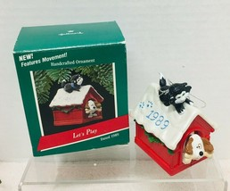 1989 Lets Play Features Movement Christmas Hallmark Christmas Tree Ornam... - $9.41
