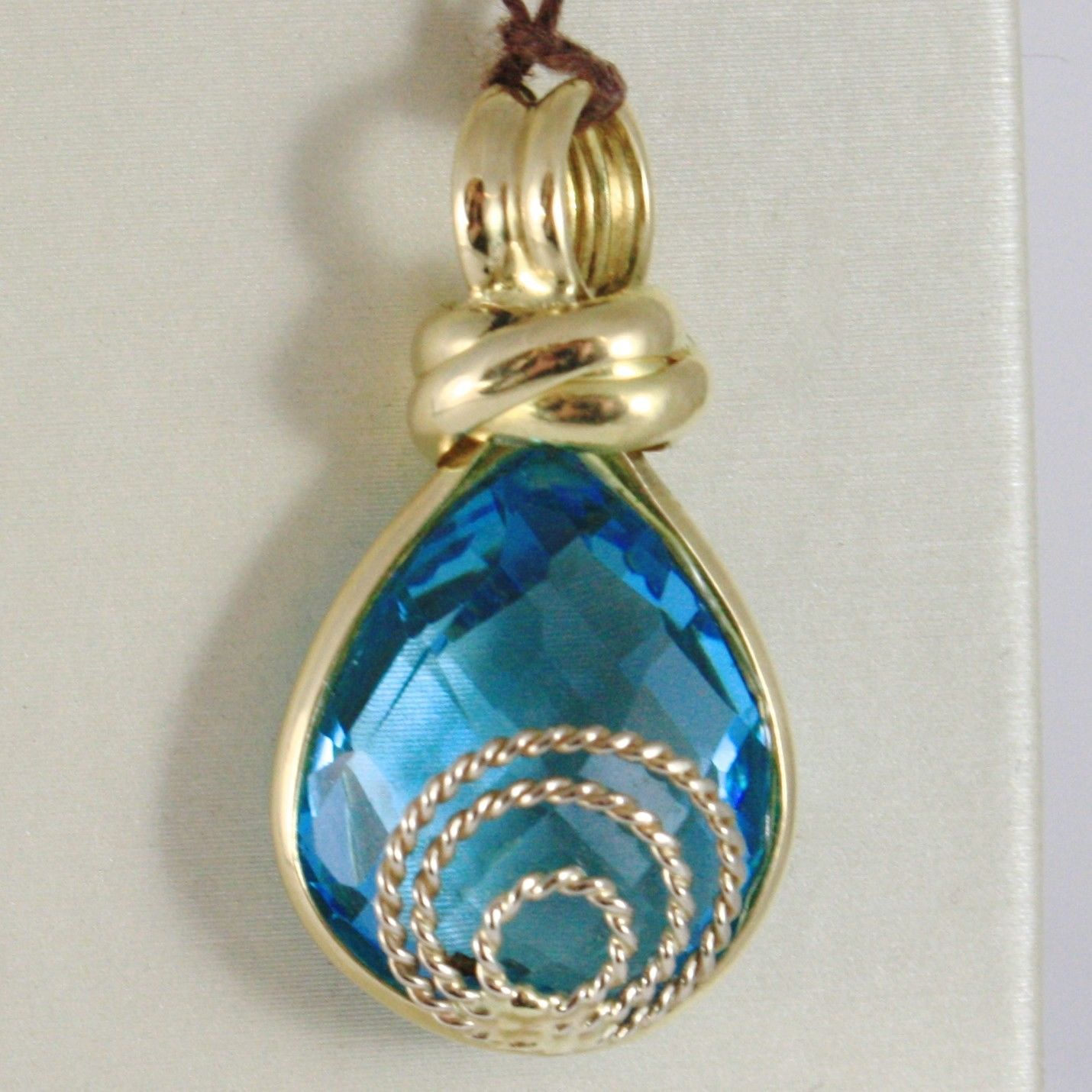 18K YELLOW GOLD PENDANT BIG DROP CUSHION BLUE TOPAZ, FINELY WORKED MADE IN ITALY