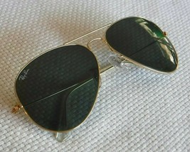 Ray-Ban Aviator Sunglasses Gold Metal Frames with Black Lens RB 3025 L0205 - $69.54