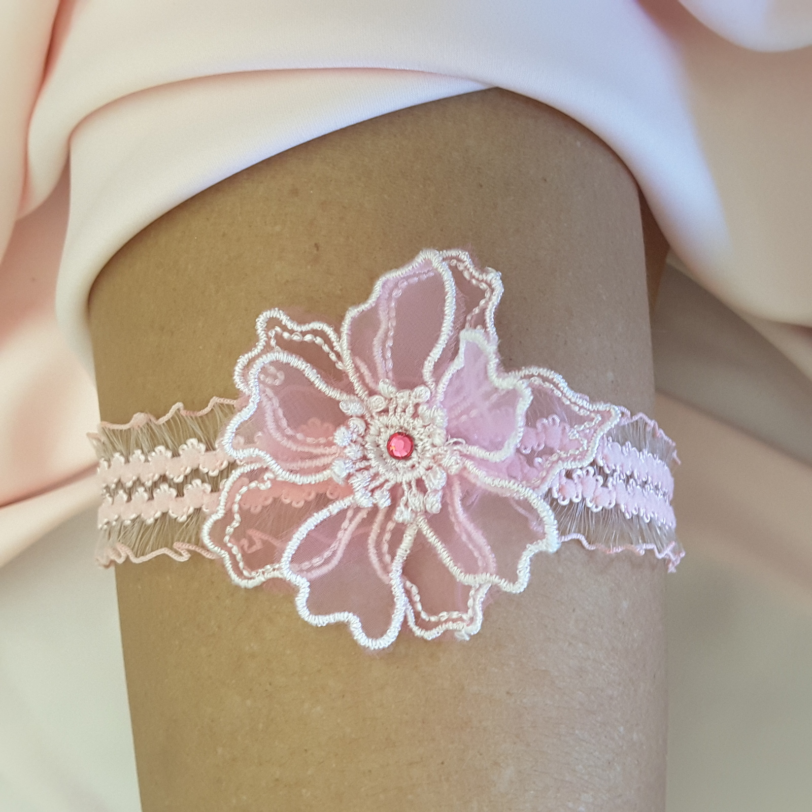 Wedding Leg Garter: White Pink Purple Lace Wedding Bride Garter Leg Bridal