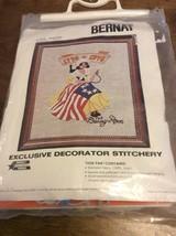 Bernat Exclusive Decorator Stitchery Kit BETSY ROSS Vintage Needlework - $20.00