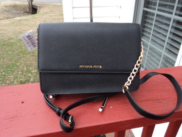 a85eb9a1a01a Authentic Michael Kors Large Gusset and 50 similar items