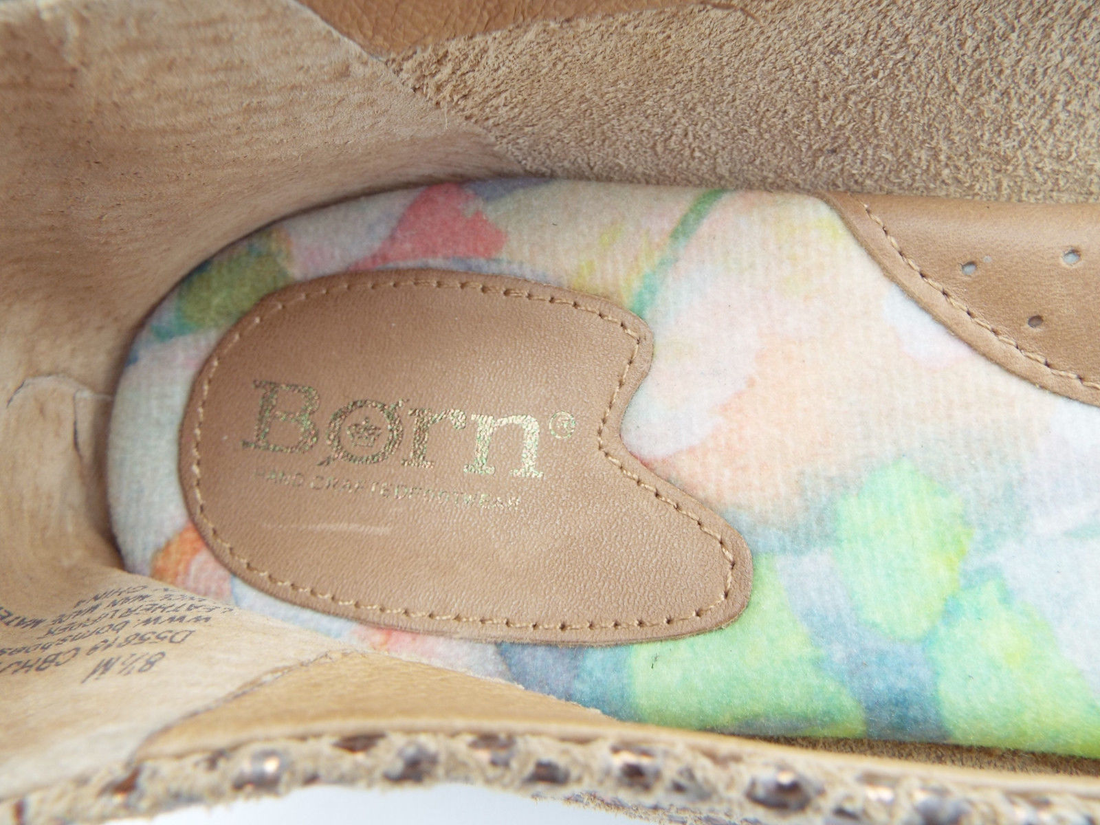 BORN Size 8.5 Gold Textured Leather Ballet Flats Shoes 8 1/2
