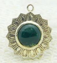 VTG Silver Tone Green Agate Jade Jadite Sun Celestial Pendant - $19.80