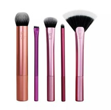 Real Techniques Everyday Essentials Brush Set - Pack of 5 - $19.99