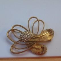 BSK Large Vintage Gold-tone Rhinestone Brooch - $25.73