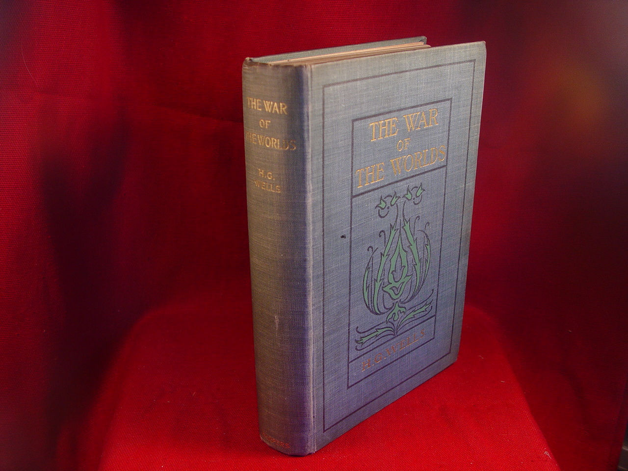 The War of the Worlds by H. G. Wells, 1st US edition 1898 signed by Ray Bradbury